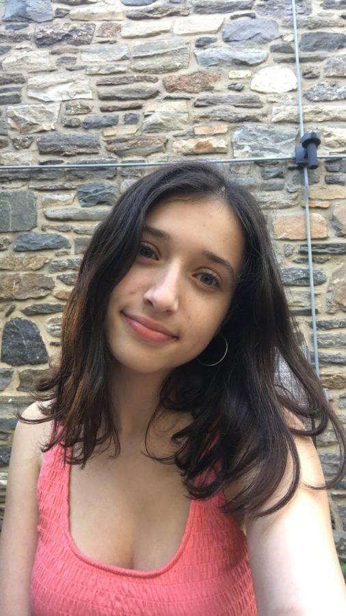 Julia Dubnoff '23